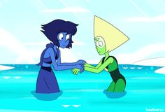 "timehuntress: A GIF for this Lapidot Tuesday's prompt ""Peridot Without Limb Enhancers.""Peridot is having second thoughts about letting Lapis teach her how to swim"