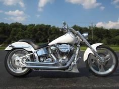 Check out this 2000 Big Dog BULLDOG CUSTOM CHOPPER in White from Used Motorcycles and Parts in Bensenville | Chicago, Illinois 60106. Call Sales Department at 877-862-7872 today!