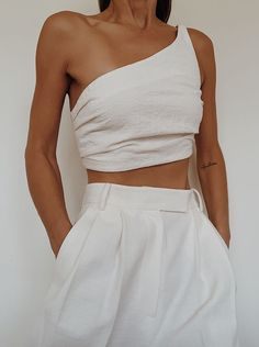 Cropped : summer outfits women casual fashion ideas simple, vacation outfits beach what to wear, cute vacation outfits beach womens fashion Third Form One Shoulder Top, Pixie Market Oversized Linen Trousers Casual Summer Outfits For Women, Casual Outfits, Winter Outfits, Fashion Week, Look Fashion, Fall Fashion, 2000s Fashion, Korean Fashion, Fashion Online