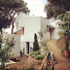 Casa La Floresta by Alventosa Morell Arquitectes (La Floresta, Barcelona, Spain) #architecture