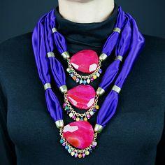 #Necklace. #Jewelry. #Schmuck #gioielli #bijoux. Divina Locura. Colección Dolce Suono. #Collar PAGLIACCI.
