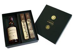 Numa combinação de sabores históricos, a Arcádia Casa do Chocolate e o whisky The Balvenie juntaram-se para esta edição especial. A Caixa The Balvenie, composta por uma garrafa de Single Malt Scotch Whisky e 2 embalagens de bombons com aroma de whisky, trata-se de uma solução perfeita para verdadeiros apreciadores.