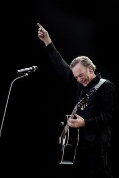 Neil Diamond... my first concert was July of last summer in Chicago!!  My favorite singer.