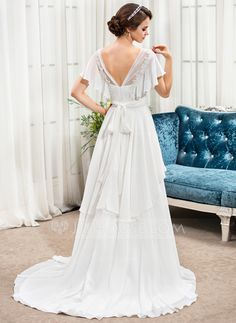 A-Line/Princess V-neck Sweep Train Chiffon Wedding Dress With Beading Appliques Lace Flower(s) Sequins Bow(s) (002056478)