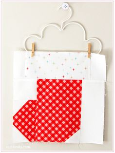 Christmas stocking quilt block red brolly free quilt