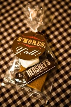 Really cute s'mores presentation for outdoor weddings!  Excellent favors!