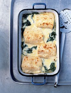 Haddock, Spinach, and Gruyère Gratin via Delicious Magazine UK. Seafood Recipes, Great Recipes, Cooking Recipes, Favorite Recipes, Healthy Recipes, Savoury Recipes, Halibut Recipes, Shellfish Recipes, Cooking Fish