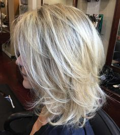 60 Best Variations of a Medium Shag Haircut for Your Distinctive Style Medium Layered Blonde Hairstyle - Unique Long Hairstyles Ideas Shaggy Layered Haircut, Shoulder Length Cuts, Styling Shoulder Length Hair, Medium Shag Haircuts, Haircut Medium, Hair Highlights, Color Highlights, Bob Hairstyles, Medium Blonde Hairstyles