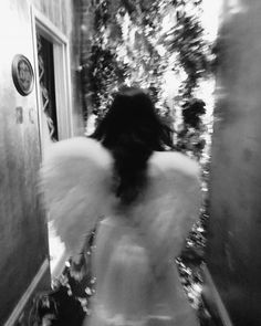 Boujee Aesthetic, Angel Aesthetic, Bad Girl Aesthetic, Aesthetic Collage, Aesthetic Photo, Aesthetic Pictures, Black And White Picture Wall, Black And White Pictures, Black Aesthetic Wallpaper