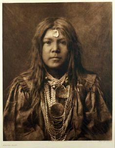 Edward S. Curtis - Apache