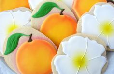 Georgia Peach Cherokee Rose Cookies Georgia by HappyLorisBaking Peach Cookies, Rose Cookies, Blossom Cookies, Summer Cookies, Fancy Cookies, Flower Cookies, Royal Icing Sugar, Royal Icing Cookies, Cherokee Food
