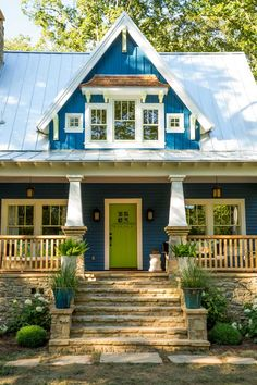 This Old House, Cottage at Cloudland Station features a Craftsman-style door painted a bold Asparagus green by Olympic® Paints. The siding is painted a vibrant Chinese Porcelain to put a fresh spin on a classic American house style. See the floor plans, Style Guide, all the details used in the Cottage at http://www.thisoldhouse.com/toh/info/0,,20957807,00.html   Photo: Deborah Whitlaw Llewellyn
