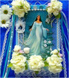 Salve, a Rainha do Mar! by Lidia Luz, via Flickr