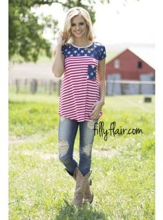 Among the Stars Americana Tee | Stars and Stripes outfit that you need for summer! It would make the perfect 4th of July outfit!