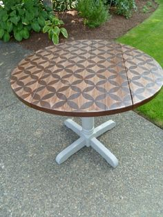 The Weathered Door: Stenciled Table