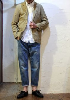 Faded Baggy Jeans, and Khaki Jacket, by Ordinary Fits, Men's Spring Summer Fashion. Smart Casual Tie, Men Casual, Love Fashion, Mens Fashion, Fashion Outfits, Sport Look, Inspiration Mode, Men Street, Looks Style