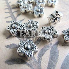 Mini flower shaped silver plated metal beads 10 pieces by FARRAgem,   FARRAgem.etsy.com