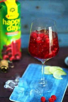 Cherry Bubbles, avagy a meggyes-málnás prosecco koktél | Street Kitchen