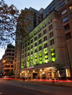 #1 Courtyard Chicago Downtown/River North - 30 East Hubbard St #50Reasons