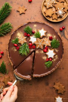 Christmas dessert or teatime bakes , Gingerbread amaretto chocolate tart - Lazy Cat Kitchen Xmas Food, Christmas Sweets, Christmas Cooking, Noel Christmas, Christmas Goodies, Christmas Gingerbread, Chocolate Christmas Cake, Christmas Cupcakes, Christmas Bake Off