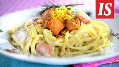 Lohipasta on helppo ja nopea arkiruoka! Salmon Pasta, Spaghetti, Food And Drink, Ethnic Recipes, Simple, Pasta With Salmon, Noodle