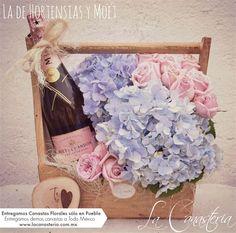 Fotos En Cumpleaños Champagne, Party, Flower Arrangements Simple, Shabby Chic Wreath, Happy Birthday Photos, Flowers, Parties