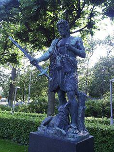 Monument based on Kalevala mythology, by Carl Eneas Sjöstrand. Töölö.