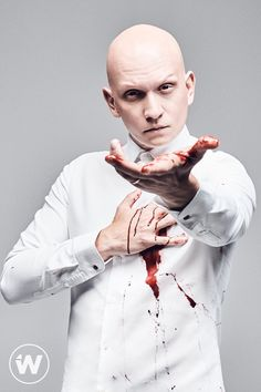 owlettica — Anthony Carrigan by Shayan Asgharnia for The Wrap. Gotham Bruce, Riddler Gotham, Gotham Cast, Gotham Tv, Gotham Series, Anthony Carrigan, Gotham Characters, Fish Mooney, Victor Zsasz