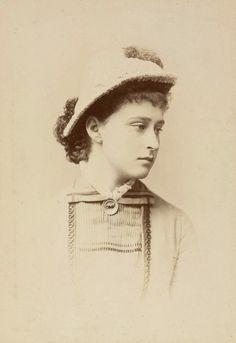 """Princess Elisabeth of Hesse (Darmstadt) and By Rhine.  """"AL"""""""