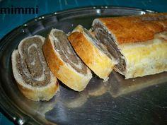 Cinnabon, Romanian Food, Hot Dog Buns, Cornbread, Cheesecake, Food And Drink, Cooking Recipes, Yummy Food, Ethnic Recipes