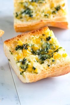 Easy, Homemade Garlic Cheese Bread Recipe