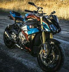 Bike Bmw, Moto Bike, Bmw Motorcycles, Motorcycle Bike, Bmw Motors, Motorbike Design, Bmw S1000rr, Sportbikes, Beast