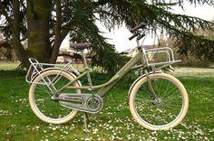 RE FAB-DIJON à la carte vélo bicyclette porteur poste homme vert kaki Veil, Bike Frame, Vintage Cycles, Green Man, Color Pop, Army Green, Bicycle Kick