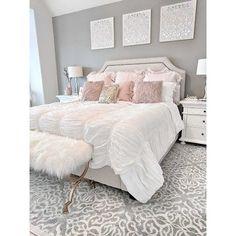 dream of a master bedroom 36 - Home sweet Home - Bedroom Decor Cute Bedroom Ideas, Girl Bedroom Designs, Room Ideas Bedroom, Dream Bedroom, Home Decor Bedroom, Bedroom Wall, Living Room Decor, White Comforter Bedroom, All White Bedroom