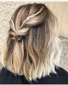 Are you going to balayage hair for the first time and know nothing about this technique? Or already have it and want to try its new type? We've gathered everything you need to know about balayage, check! Thick Hair Styles Medium, Curly Hair Styles, Medium Lengths, Short Hair Braid Styles, Hair Styles Party, Short Styles, Braids For Short Hair, Short Hair Cuts, Pixie Cuts