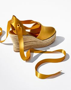 Visit Tory Burch to shop for Elisa Wedge Espadrille and more Womens Shoes. Find designer shoes, handbags, clothing & more of this season's latest styles from designer Tory Burch. Fall Shoes, Winter Shoes, Designer Espadrilles, I Love My Shoes, Espadrille Sandals, Shoes Sandals, Tory Burch Sandals, Slipper Boots, Designer Boots