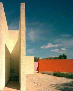 San Cristobal, Barragan Foundation