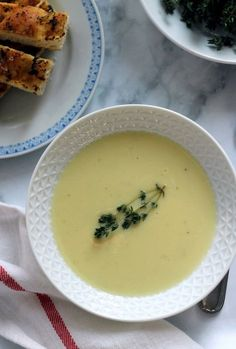 Angol sajtos burgonyakrémleves recept
