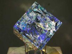 Artist Jack Storms creates some breathtaking Glass Artwork using Fibonacci Ratios. Jack Storms Glass, Cubist Sculpture, Glass Cube, Blown Glass Art, Crystal Decor, Glass Crystal, Glass Artwork, Elements Of Art, Glass Jewelry