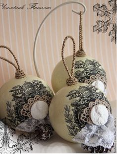 Sweet home : Vintage stiili jõuluehted Shabby Chic Christmas Ornaments, Victorian Christmas Tree, Christmas Balls Decorations, Handmade Ornaments, Diy Christmas Ornaments, Holiday Crafts, Winter Christmas, Christmas Time, Inspiration