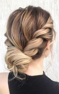 romantic bridal hairstyles, hairstyles for weddings long hair, 2019 wedding hairstyles for long hair, bridal hair trends Wedding Hairstyles For Medium Hair, Up Dos For Medium Hair, Long Hair Wedding Styles, Work Hairstyles, Wedding Hair Pieces, Medium Hair Styles, Bridal Hairstyles, Long Hair Styles, Medium Length Updo Hairstyles