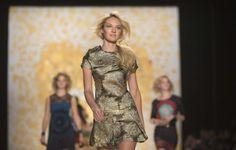 Candice Swanepoel ist eines der bekanntesten Gesichter auf den internationalen Laufstegen. Mehr zur Modewoche: http://www.nachrichten.at/nachrichten/society/New-Yorker-Fashion-Week-gestartet;art411,1299849 (Bild: Reuters)