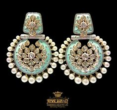 Available only at Abhushan Jewellers, Agra Indian Jewelry Earrings, Jewelry Design Earrings, Gold Earrings Designs, Jewelery, Gold Jewelry, Antique Jewellery Designs, Fancy Jewellery, Bridal Jewelry Vintage, Indian Wedding Jewelry