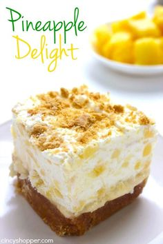 Pineapple Delight- Perfect cold dessert for summer bbqs or potlucks. So refreshing! Desserts For A Crowd, Cold Desserts, Summer Desserts, No Bake Desserts, Easy Desserts, Delicious Desserts, Layered Desserts, Delicious Dishes, Pineapple Delight