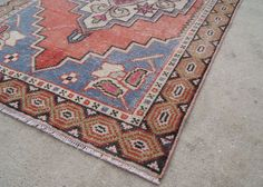 $385 Vintage Traditional Oushak Runner 9.3'x2.9' by WovenInVintage on Etsy