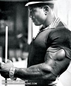 Sergio Oliva and this classic photo of the arm just hanging out of his shirt! MuscleUp Bodybuilding. ~ mikE™