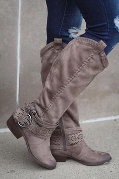 7e61a02fdc2 36 Best Cowboy Boots for Women images | Cowboy boots, Cowboy boots ...