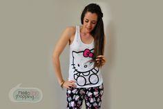 Hello Kitty Pijama Pantalón Negro y Blusa Blanca $429.00