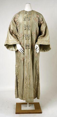 Coat (1900)Date: 1902–4 Culture: French