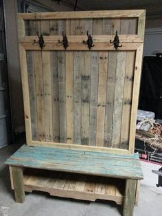 Awesome 34 Trendy Wood Pallet Furniture Design Ideas To Increase Your Home Desig.Awesome 34 Trendy Wood Pallet Furniture Design Ideas To Increase Your Home Design. Pallet Furniture Designs, Wooden Pallet Projects, Wood Pallet Furniture, Recycled Furniture, Wooden Pallets, Rustic Furniture, Diy Furniture, Pallet Wood, Pallette Furniture